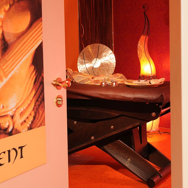 Beautyfarm Bel Etage Raum Orient Eingang Tür